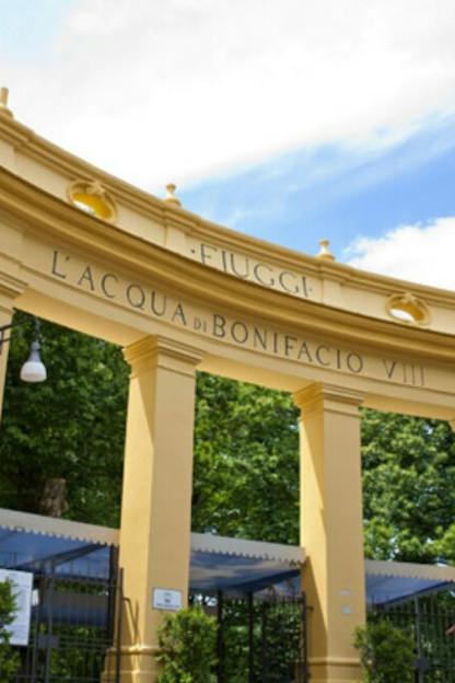 Fiuggi: Ingresso fonti Bonifacio VIII